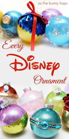 Looking for a little Disney inspiration for your Christmas tree? Check out this … Looking for a little Disney inspiration for your Christmas tree? Check out this master list of over 30 DIY Disney ornaments that you can make! Disney Diy, Disney Aladdin, Disney Crafts, Design Set, Silver Christmas, Kids Christmas, Mickey Christmas, Christmas 2019, Christmas Gifts