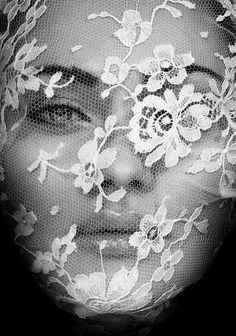 Lace veiled face