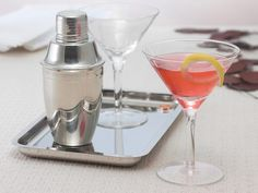 A Man's Guide to Stocking A Cocktail Bar from FoodNetwork.com