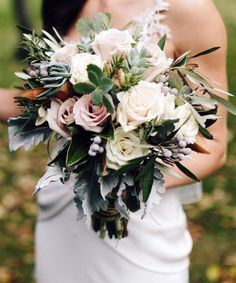 Beautiful Bridal bouquet by http://arenasforlife.com