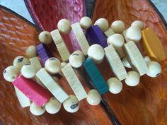 Pulseira em bambu e sementes de açaí.