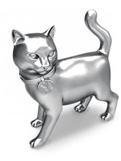 """(Credit: Hasbro) New """"kitty"""" replaces """"iron"""" token in Monopoly. Will hit the stores in mid to late Will miss the iron but 'Kitty Power' is good. Crazy Cat Lady, Crazy Cats, Monopoly Pieces, Monopoly Game, Monopoly Board, Monopoly Party, Dumb Cats, Classic Board Games, Cat Boarding"""