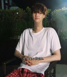 """""""it was fun while it lasted, and now i miss them Namjoon, Taehyung, Bts Funny Videos, Bts Memes Hilarious, Bts Meme Faces, Funny Faces, Rapper, Bts Reactions, Foto Bts"""