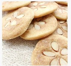 Sand Dollar Cookies! Great for parties or a Beach Themed Wedding