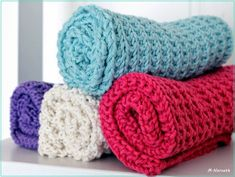Strikkezonen: Oppskrift på strikket klut. Crochet Doilies, Knit Crochet, Knit Dishcloth, Washing Clothes, Merino Wool Blanket, Pot Holders, Baby, Knitting, Christmas