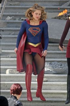 """Melissa Benoist, as Supergirl. During filming, conditions were breezy, resulting in an accidental """"costume malfunction"""". Looking past this, this female character was a """"spin off"""" from Superman. Melissa Benoist Hot, Melissa Marie Benoist, Melissa Supergirl, Supergirl Tv, Melissa Benoit, Comics Girls, Celebs, Celebrities, Cosplay Girls"""