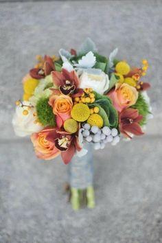 Un jolie bouquet avec orchidées