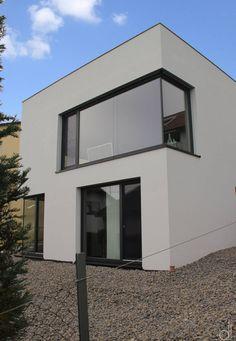 Wir zeigen euch ein kleines Haus mit knapp 120 Quadratmetern, das einer jungen Familie ein wunderbares Zuhause bietet.