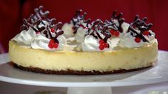 Mary's White Chocolate & Ginger Cheesecake Recipe This white chocolate cheesecake recipe by Mary Berry is featured in the Season 1 Masterclass: Christmas episode. - Try this recipe for Mary's White Chocolate & Ginger Cheesecake from PBS Food. Chocolate Cheesecake Recipes, Recipe Ginger, Mary Berry White Chocolate Cheesecake, Mary Berry Cheesecake, Raspberry Cheesecake, British Baking Show Recipes, British Bake Off Recipes, Great British Bake Off, Cheesecake Recipes