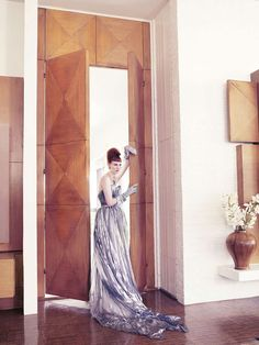 Morning Beauty   Karen Elson by Mario Testino.