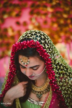 Bridal Details - Floral Dupatta | WedMeGood Dupatta for Sagan Chunni made of flowers! How pretty is that? Read more about their real wedding here: https://www.wedmegood.com/real_wedding/detail/anika-akshay-delhi #wedmegood #dupatta #floral #ideas