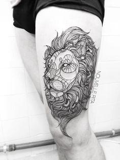 Devenir tatoueuse lui a changé la vie : admirez ses sublimes tatouages !