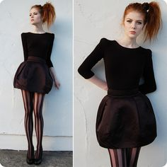 21. TAHTI SYRJALA LOOKBOOK by Tahti Syrjala http://lookbook.nu/interview/33 This is an interview I found since her blog was no longer available. I love the eighties style ponytail and those tights!
