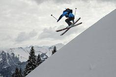 Urlaub im Berghotel Auenhütte - Pulverschnee, Sonnenschein und perfekte Pisten - was will man mehr? Mount Everest, Mountains, Travel, Winter Vacations, Sunshine, Ski, Pictures, Viajes, Destinations