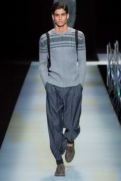 See the complete Giorgio Armani Spring 2016 Menswear collection.
