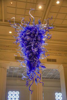 Dale Chihuly glass sculpture at the Cincinnati Art Museum