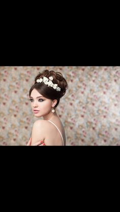 25 Best Wedding Campaign Hair Style For Women Images Hair