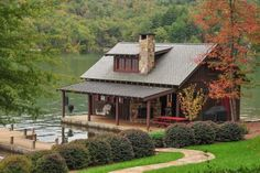 Lake House Cottage Small Cabins, Check Right Now - Haus - Entwurf World Lake Cabins, Cabins And Cottages, Small Cabins, Tiny Build, Little Cabin, Log Cabin Homes, Lake Cottage, Rustic Cottage, Cabins In The Woods