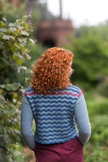 Pom Pom Quarterly, Issue 18, Vellamo by Francesca Hughes  You can subscribe to Pom Pom Quarterly or order your copy of Issue 18 here! Don't forget to join our group for updates, KALs and chatter about Pom Pom patterns!