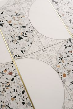 2020 Tile Trends: 10 looks we think we'll see more of TERRAZZO. Terrazzo is taking over - whether it be in flooring, tile, or even phone cases and graphic design. This classic material is experiencing a revival all over the design world. Floor Design, Tile Design, Terrazzo Flooring, Vinyl Flooring, Marble Floor, Modern Colors, Interiores Design, Vanitas, Interior Inspiration