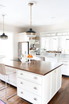 1000 ideas about stove in island on pinterest island for Ideas for things to put on top of kitchen cabinets