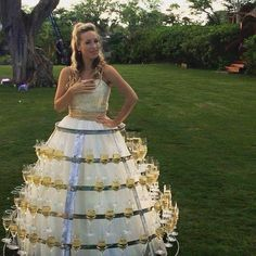 Superb prosecco wedding dress! Why didn't I think of this?