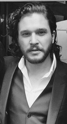 The one and only Kit Harington — kstuwhiley:   Kit ….. ❤️❤️❤️