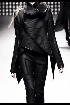 a69b805d3964d5 Futuristic Geometric Fashion with layered construction   sculptural collar   avant garde fashion design    Gareth Pugh More
