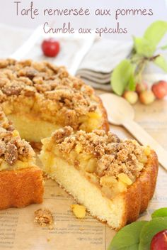 Me, gourmande?: Apple tart and its crumble with speculos - Recette - Easy Desserts, Delicious Desserts, Dessert Recipes, Tart Recipes, Sweet Recipes, Crumble Speculoos, Crepes, Classic Cake, Yummy Cakes