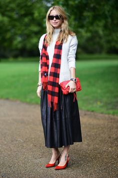 How to Wear a Full Skirt: 7 Modern Ways to Rock the Feminine Trend | StyleCaster