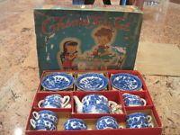Blue-Willow-Childs-Tea-set