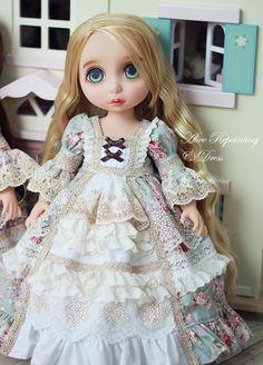 프리미엄 노블레스 드레스 2. 구성 : 드레스 + 풍성한 2중 속치마 색상은 보라 , 하늘 두가지 있구요~노블... Disney Baby Dolls, Baby Disney, Pretty Dolls, Beautiful Dolls, Ooak Dolls, Blythe Dolls, Pet Clothes, Doll Clothes, Disney Animator Doll