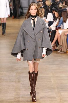 Chloé Fall 2015 Ready-to-Wear Fashion Show - Maartje Verhoef
