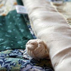 patchwork, bebe, hecho a mano, arrullo, regalo babyshower http://www.querubino.com/index.php/productos/arrullos/arrullo-square-detail