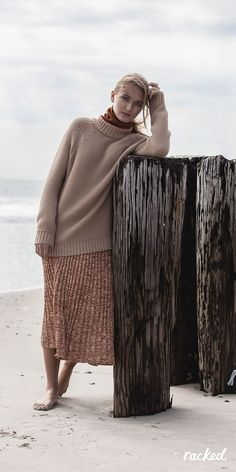 Take some style inspiration from our latest fashion editorial for ideas on how to make cozy look chic. Beach backdrop optional, but highly recommended. Beach Editorial, Editorial Fashion, Punk Fashion, Lolita Fashion, Style Fashion, Latest Fashion, Fashion Women, Warm Fall Outfits, Beach Sweater