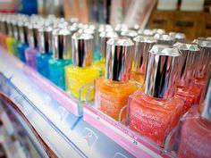 pretty nail polish