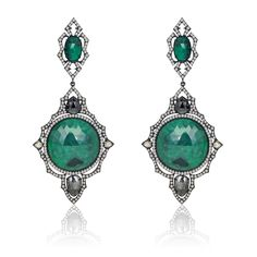 Dangling Diamond earrings in Emerald rose cut slices with Black & White Rose cut Diamonds in 18 kt Gold Diamond Dangle Earrings, Emerald Earrings, Emerald Jewelry, Gems Jewelry, Art Deco Jewelry, Pendant Earrings, Stone Earrings, Jewelry Shop, Vintage Jewelry