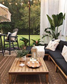 Modern Outdoor Furniture, Modern Patio, Mid-century Modern, Modern Outdoor Decor, Outdoor Lounge, Outdoor Spaces, Outdoor Living, Outdoor Sofas, Outside Living