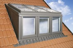 loft conversions Velux Window with a balcony-for a loft conversion without a dormer. Description from . I searched for this on Attic Loft, Loft Room, Attic Rooms, Attic Spaces, Bedroom Loft, Loft Conversion Velux, Loft Conversions, Modern Roofing, Dormer Windows