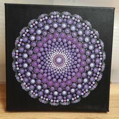 Beautiful Mandala in all shades of purple (25X25 cm)