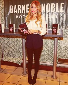 lauren Conrad's outfit is amazing