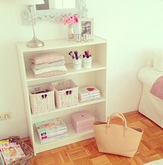 bedroom organisation for a princess♡