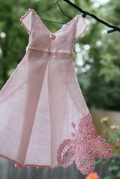 Isa Creative Musings: Search results for Hankie dresses Handkerchief Crafts, Handkerchief Dress, Origami Dress, Lavender Bags, Cute Quilts, Vintage Handkerchiefs, Dress Tutorials, Linens And Lace, Little Girl Dresses