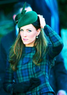 Duchess of Cambridge Christmas Morning in blue and green plaid #katemiddleton