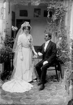 Julio Cordero/Courtesy Archivo Cordero. Above: Bridal Portrait [Matrimonio] La Paz, Bolivia, c. 1925.