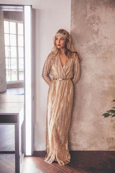 Вечернее платье Naked Rhythm Gold   Платья в аренду и напрокат МОСКВА