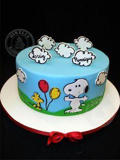 Bolo Snoopy!  Tudo comestível.