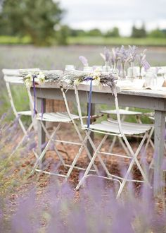 Lilac (or lavender?) makes everything look so romantic.