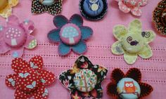 @EcoCreateHour#recycle#upcycle#bottle tops#brooches