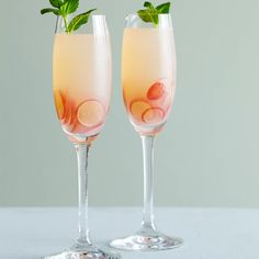 In this delightfully fizzy cocktail, David Page showcases the fruitiness of just-pressed grape juice, blending it with dry sparkling wine to keep it f...